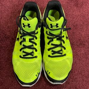 Neon Yellow size 10 Under Armour Sneakers